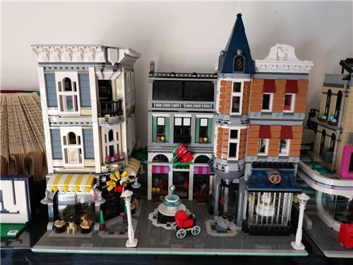 Assembly square 10255, Lego 10255, Mark, Creator, Wolverhampton , Image 2