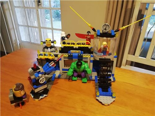 Super Heroes - Hulk Smash Lab, Lego 76018, Laura, Super Heroes, Cape Town, Image 3