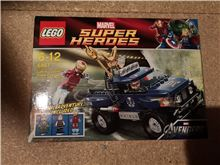 Loki's Cosmic Cube Escape, Lego 6867, Richard Harding, Super Heroes, Kingswinford