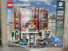 Creator Expert Corner Garage., Lego 10264, Paul Firstbrook , Modular Buildings, Bergvliet, Cape Town.