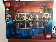 Stranger Things. The Upside Down. Lego 75810