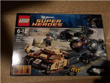 Lego DC Superheroes 76001 THE BAT vs. BANE: TUMBLER CHASE, Lego 76001, Richard Harding, Super Heroes, Kingswinford