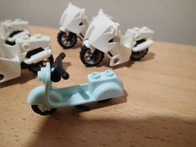 5x Lego Motorbikes (in good condition) $20 for the lot!!, Lego, Jordan Phillis, City, Petrie, Image 3
