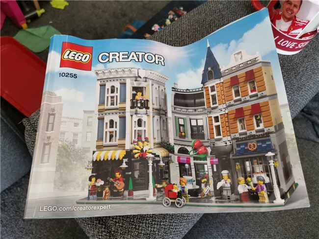 Assembly square 10255, Lego 10255, Mark, Creator, Wolverhampton, Image 4