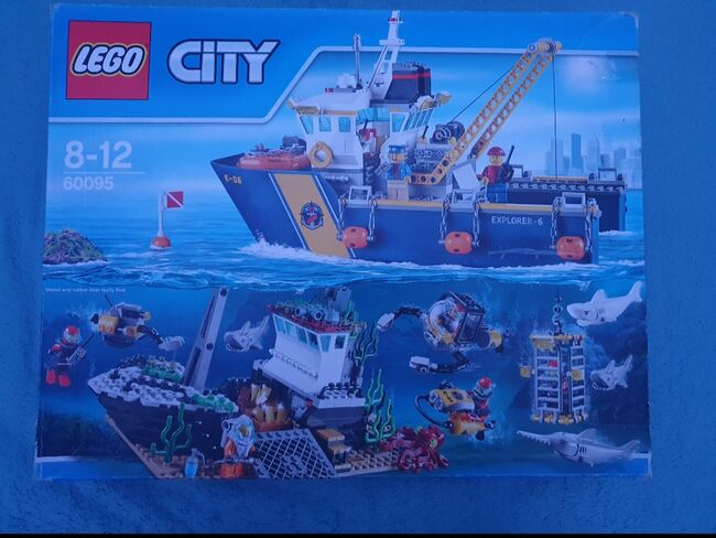 Deep sea exploration ship ***Discounted retired product****, Lego 60095, Anna, City, Peterborough