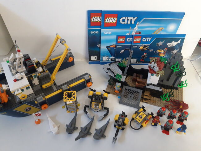 LEGO City Deep Sea Exploration Vessel (60095) 100% Complete retired, Lego 60095, NiksBriks, Town, Skipton, UK, Image 10