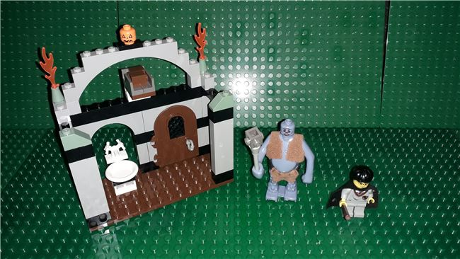 Troll on the Loose Harry Potter Sorcerer's Stone, Lego 4712, OtterBricks, Harry Potter, Pontypridd, Image 2