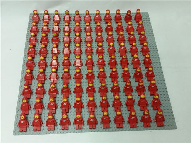Vintage Space Set - 99 Minifigures, red, Lego, Spiele-Truhe Vintage (Spiele-Truhe Vintage), Space, Hamburg, Image 2