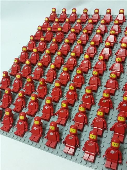 Vintage Space Set - 99 Minifigures, red, Lego, Spiele-Truhe Vintage (Spiele-Truhe Vintage), Space, Hamburg, Image 3
